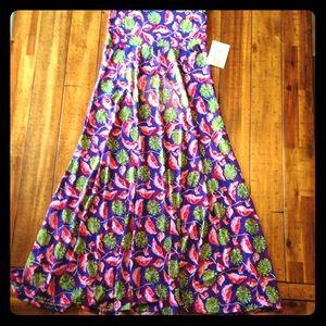 LuLaRoe Skirts - 🌺Lularoe XS Floral Maxi Skirt🍃